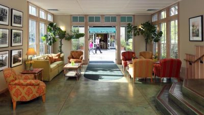 Southbridge Inn Lobby